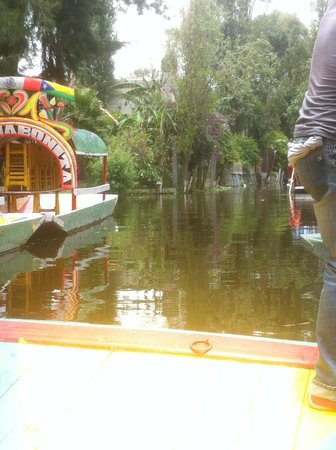 """Xochimilco: Leaving the """"embarcadero."""""""