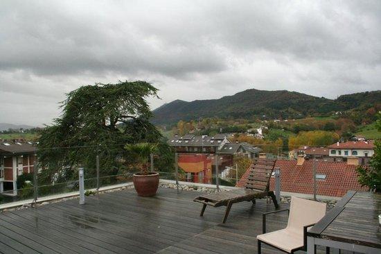 Hotel Jaizkibel : vue de la terrasse malheureusement sous la pluie ce matin là