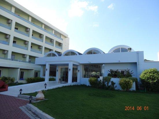Avra Beach Resort Hotel - Bungalows : Reception