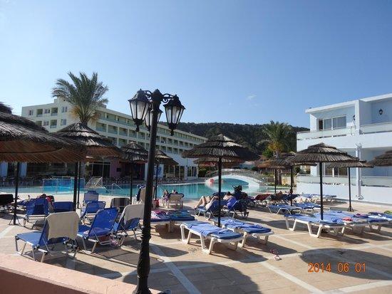 Avra Beach Resort Hotel - Bungalows : Hotel