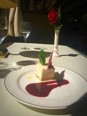 Tren de Hiram Bingham: Dessert on the Hiram Bingham train
