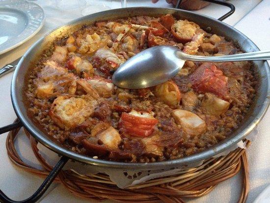 El pescador: Paella a la langouste