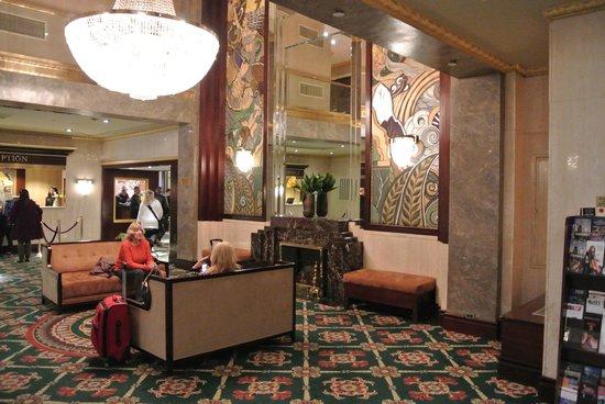Wellington Hotel: Recepción