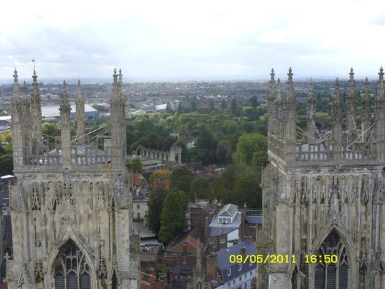 Cathédrale d'York : A view of the city from the top
