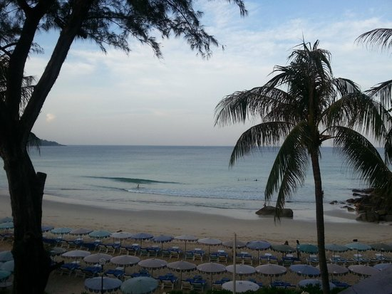 Katathani Phuket Beach Resort: Vue depuis notre balcon