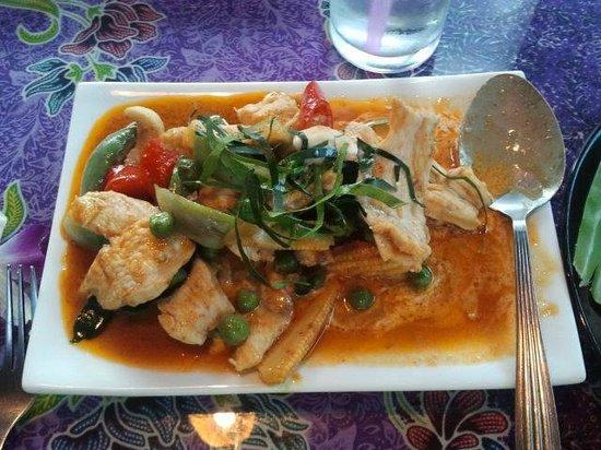 Blue Lagoon Restaurant: Panang Chicken