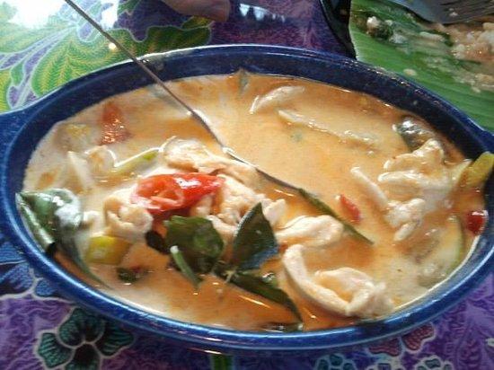 Blue Lagoon Restaurant: Red curry chicken