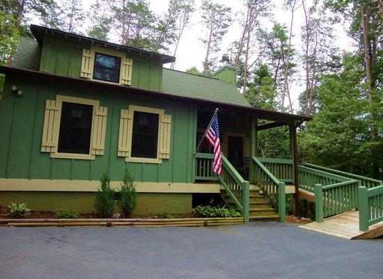 Ruhe Haus #34 at Tanglewood Cabinsid: 103291681 –