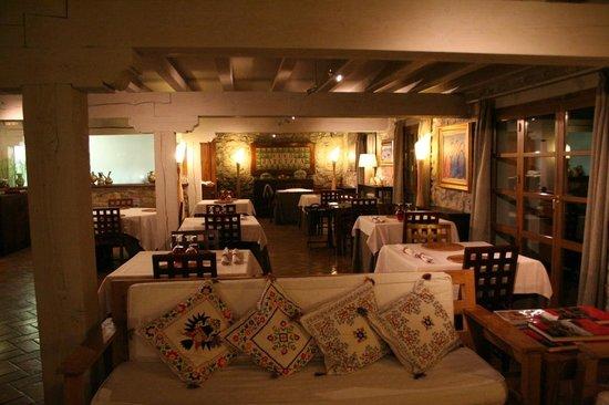 Hotel Restaurante Kuko : salle de restaurant