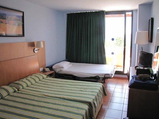 Ohtels Vil.la Romana: Habitación