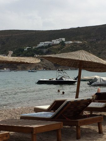 Patmos Paradise Hotel : Patmos Paradise on hill, view from George's on Kampos Beach