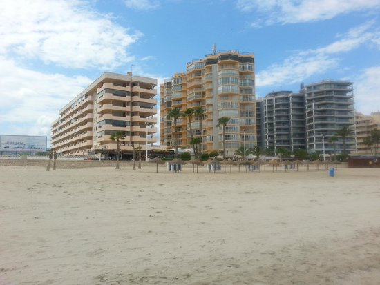 Hipocampos Apartments: Blue one on far right!