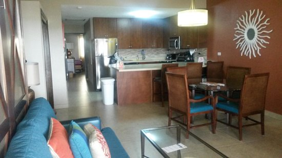 Simpson Bay Resort & Marina: Living room and kitchen - all combined - with sofa couch