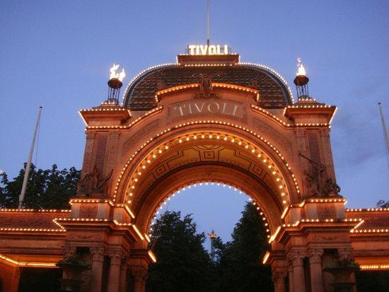 """Château de Rosenborg : Puerta Principal """"TIVOLI"""""""