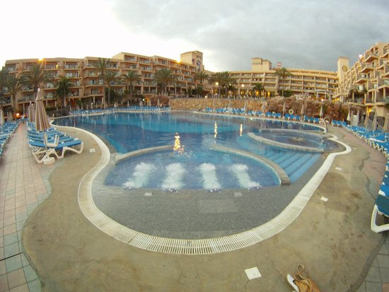 ClubHotel Riu Buena Vista: Bottom pool