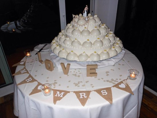 Hotel Tramonto d'Oro : Our wedding cake