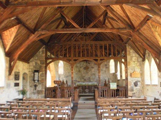 St Agnes Church: Interior