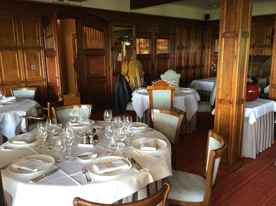 Hostellerie Kemmelberg: Dining Room
