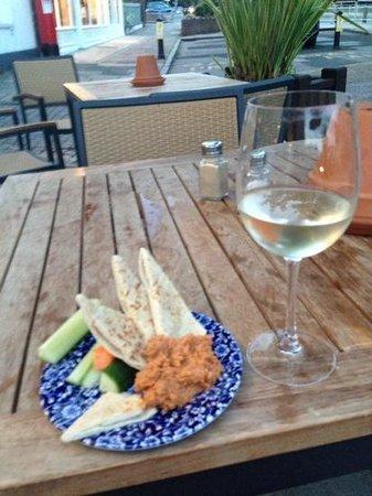 The Mute Swan: wine with pitta and home made humus