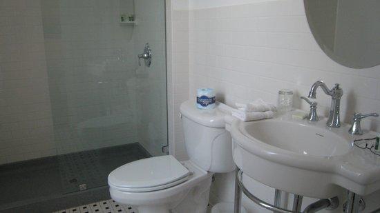 The Gould Hotel : Bathroom