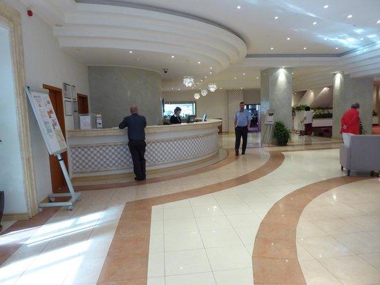 New Montana hotel Lobby