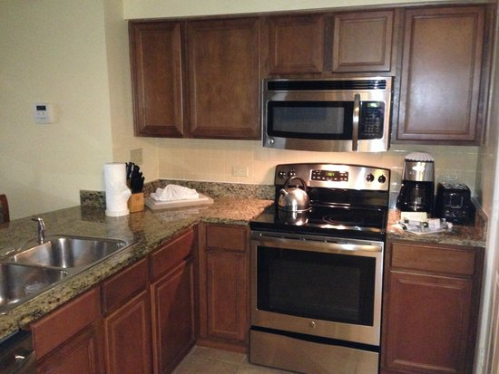 Marriott's Grande Vista: 2 br kitchen