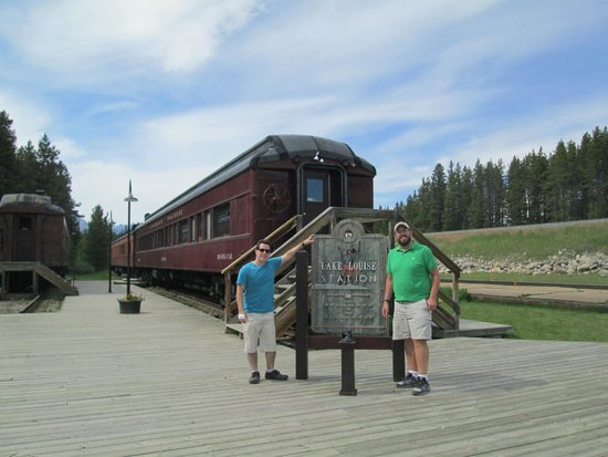 Lake Louise Station Restaurant : The Old Railroad Car