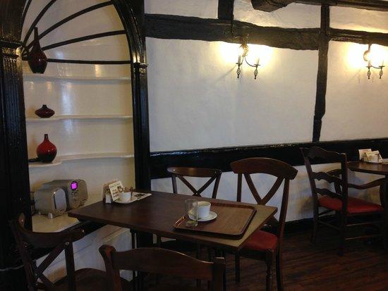 Hathaway Tea Rooms: Beautiful little tearoom