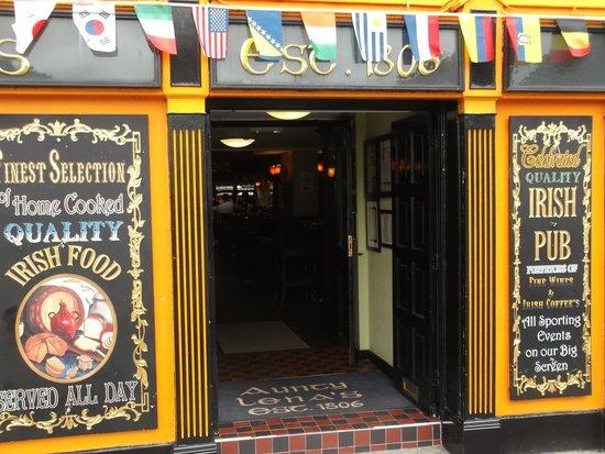Aunty Lena's: le pub