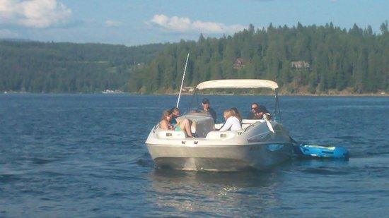 Fresh Water Fun: Coeur d'Alene Boat Rental:  Deckboat Front View