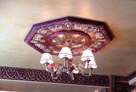 La Tagliatella Pau : Les lampes