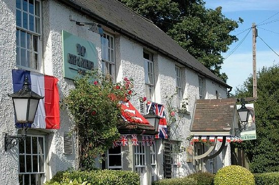 Horse & Groom by A1060 near Writtle ~ Chef & Brewer frontage