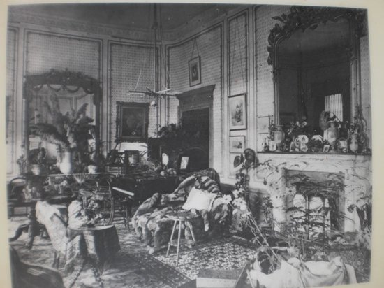 Appuldurcombe House: The Drawing Room before the landmine