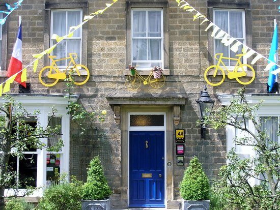 Bank Villa: We were on the actual route of the 2014 Tour de France. Bring your bike and have ago.