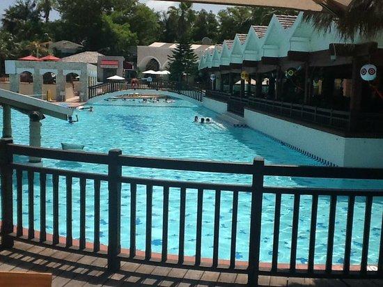 Beaches Negril Resort & Spa: Main Pool