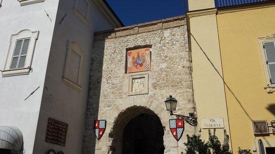 Taverna del Torchio: porta ingresso