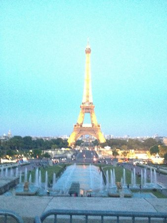 Mercure Paris La Defense 5 : Turismo - A belíssima Torre Heiffel