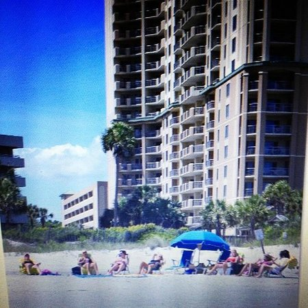 Royale Palms Condominiums by Hilton: View of Royale Palms from the beach