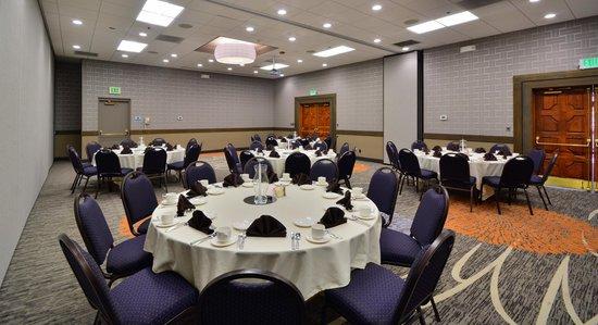 Embassy Suites by Hilton Denver Stapleton: Banquet Area