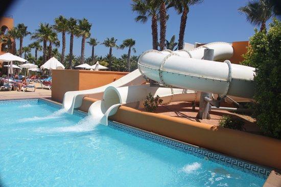 Playamarina Spa Hotel: piscina tobogan