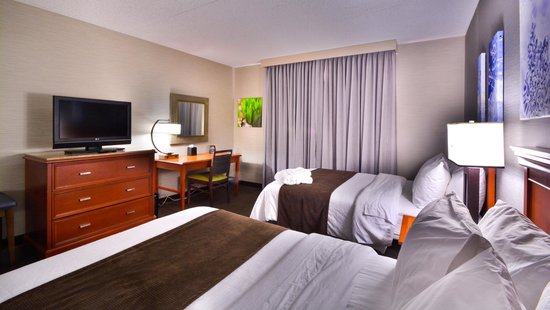 Embassy Suites by Hilton Denver Stapleton : Two Queen Room