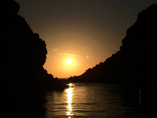 Sunset Oia Sailing Cruises: Sunset Tour