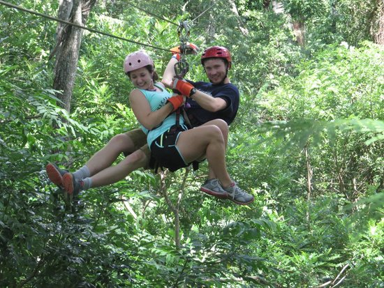 Tierra Day Tours:  Granada: Canopy tour