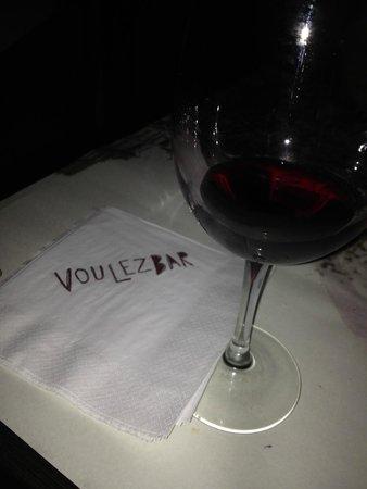 Voulez Bar : Boas opções de vinhos