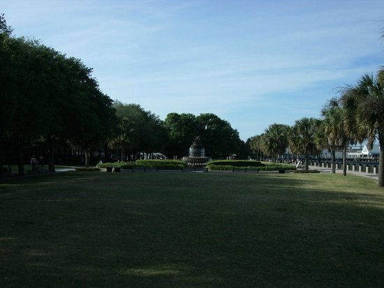 Charleston Waterfront Park: El extenso parque