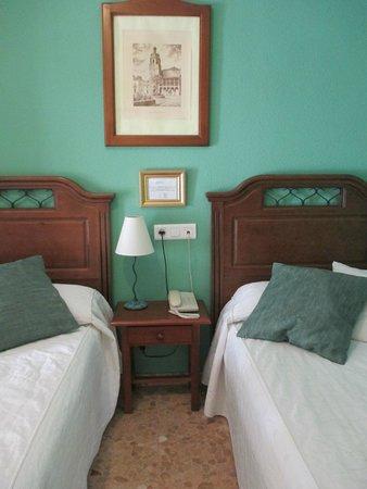 Hotel Arunda II: HABITACION