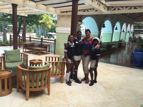 Beaches Negril Resort & Spa: Entertainment Staff