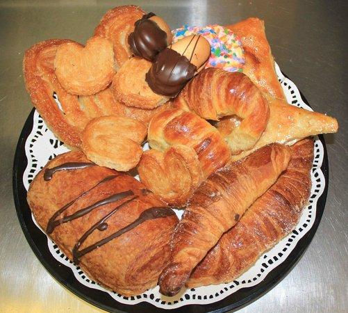 Manhattan International Bakery: Fresh Pastries baked daily