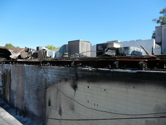 Manresa : Aftermath of the fire on 7/72104
