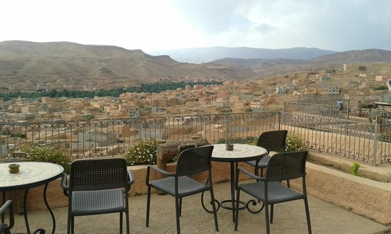 Hotel Xaluca Dades : Terraza y pileta